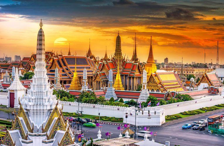 [泰國新聞] 泰國宣布了三階段計劃,歡迎沒有隔離的已植入疫苗的遊客